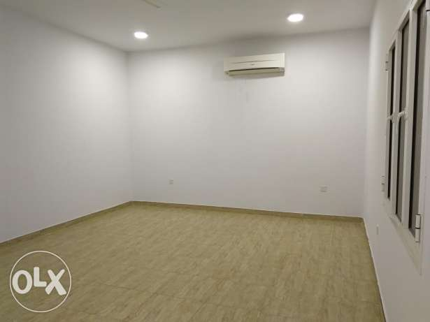 Apartment with AC for rent almabila noor street السيب -  6