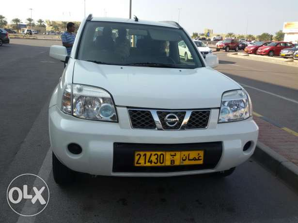 nissan  for sale السيب -  1