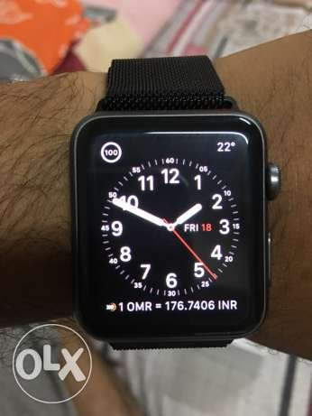 Apple Watch 42mm 100% Clean with warranty bill box all accessoties