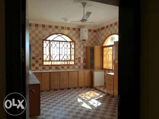 Family rooms for rent in azaiba back side of al meera مسقط -  7