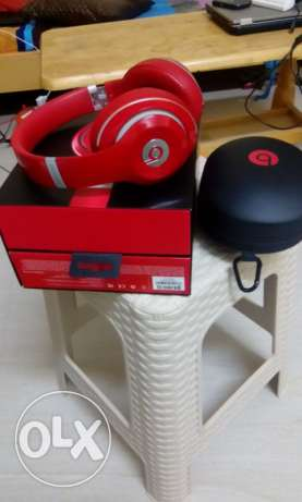 Beast over ear wireless headphone guaranty 1 year used befor 3 mans