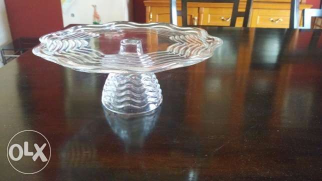 Capri Crystal collection pedestal cake plate