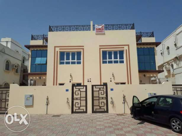 5BHK South Mawalah Villa FOR RENT near Amal Petroleum Office pp64