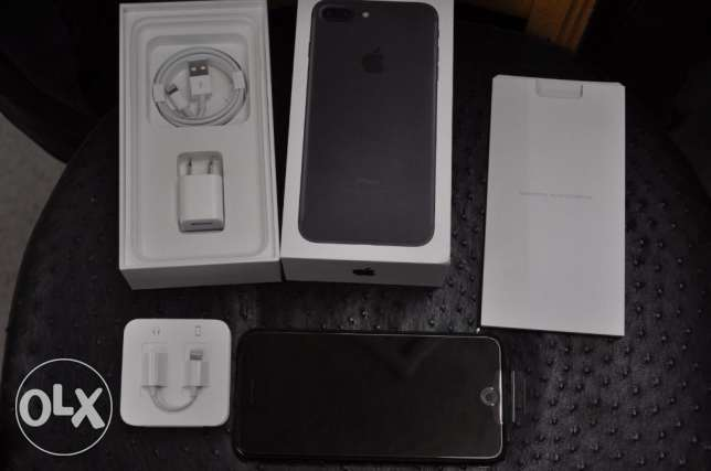 iphone 7 plus 256GB jet black with bills and box