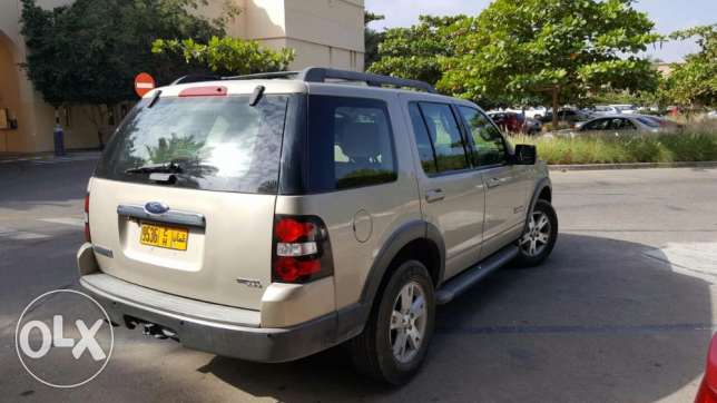 Ford Explorer. Very good condition. مسقط -  1