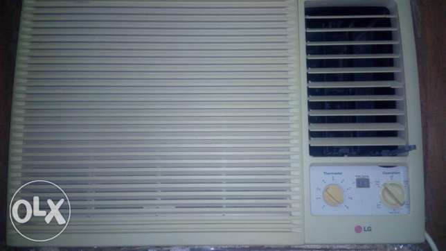 LG Window A/C in good condition
