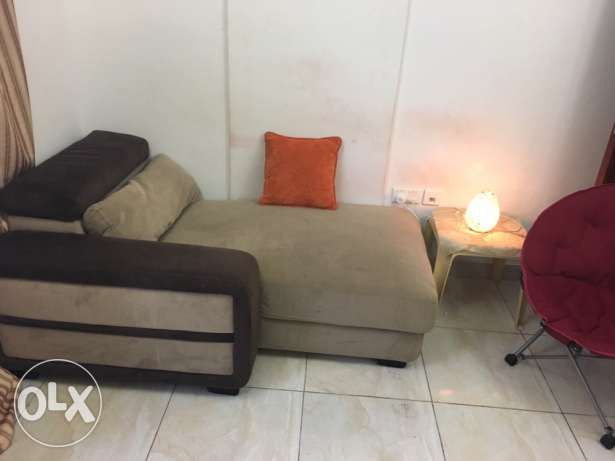 sofa 2 seater and bed with holder can be as table sid مسقط -  2
