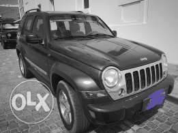 excellent condition 2006 JEEP expat owned