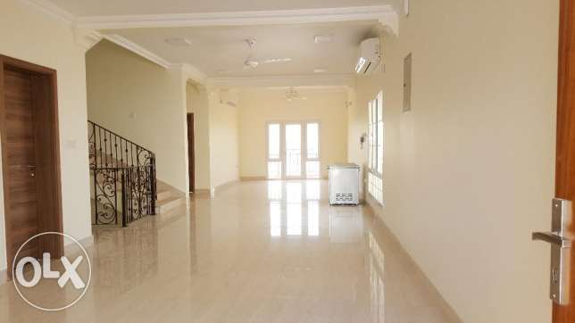 Spacious Villa in South Ghubrah for RENT Opposite Royal Hospital