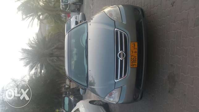 Nissan altima very Clean and good condition