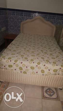 Used beds in excellent condition مسقط -  1