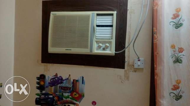 Good condition AC samsung , asset
