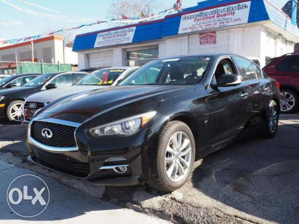 2014 black infiniti q50 in good condition for sale