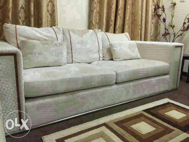 Sofa set (3+2+2) bought from home centre ( in excellent condition) مسقط -  2