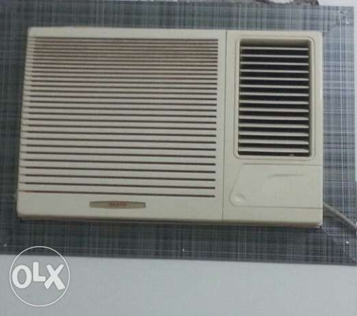 Two Window ac 1.5 tonn at wattayah,Muscat القرم -  1