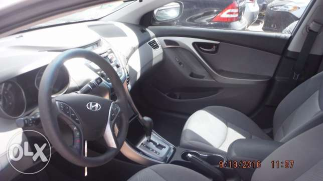 Imported 2013 Hyundai Elentra (PRICE NEGOTIABLE!) مسقط -  5