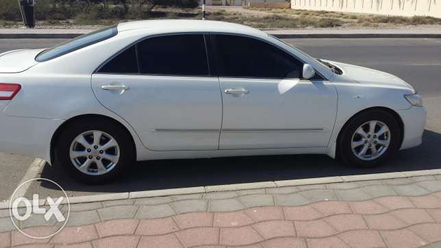 Camry 2011 full automatic gulf agency white colour. السيب -  6