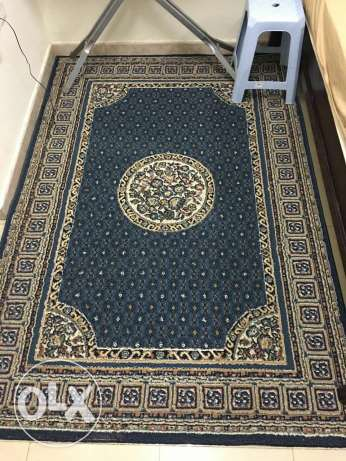 Two big clean carpets for sale السيب -  2