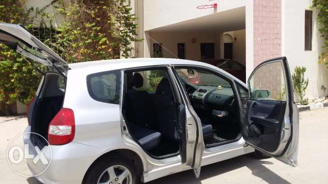 excellent 30,000 kms run Honda Jazz expat housewife used