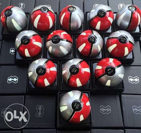 Pokeball portable charger