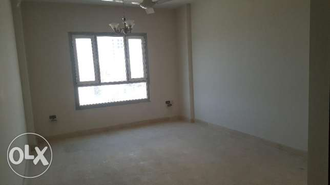 Brand New 2BHK Commercial Flat in Bausher Opposite Dolphin Village مسقط -  4