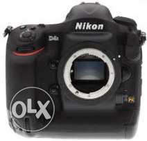 Nikon D4s in excellent condation lik brand new for sale