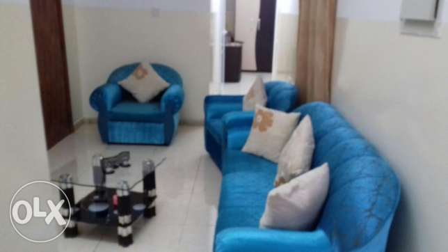 Almost new sofa for sale مسقط -  3