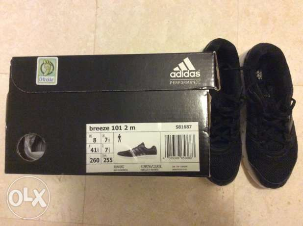 Adidas shoes ( like new ) مسقط -  1