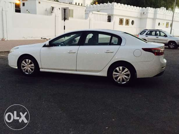 2012 Renault Safrane Expat used in excellent condition service history مسقط -  5