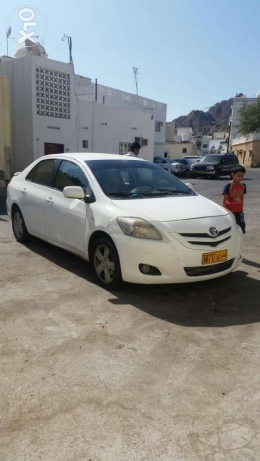 Toyota yaris full manual in good condition مطرح -  1