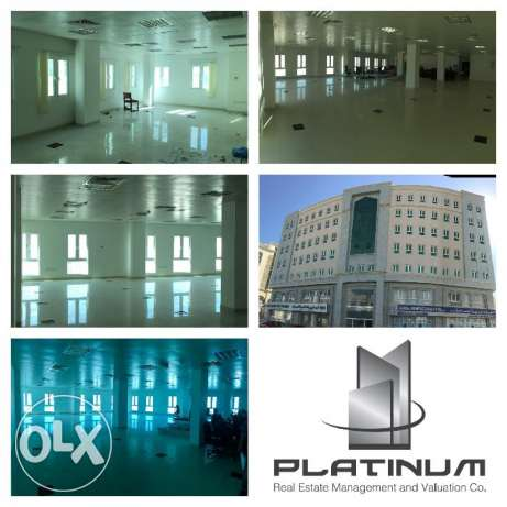 Office Space Al Ghubrah FOR RENT 283SQM near Aster Rafah Hospital pp29