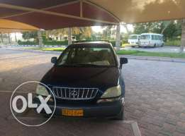 Excellent Lexus RX300 for Sale in Nizwa by College teacher