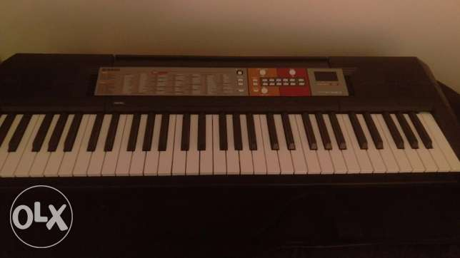 Yamaha Keyboard Under Warranty with Adapter and case