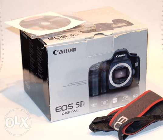 Canon EOS 5D 12.8MP Digital SLR Camera Body With Battery Grip