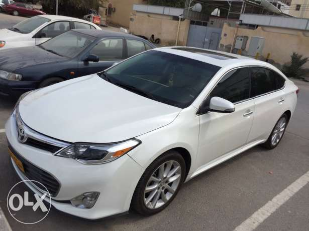 toyota avalon white no 1 American special