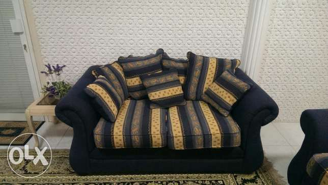 Deal of the day! 7 seater sofa set brand new (only used for 3 months) مسقط -  3