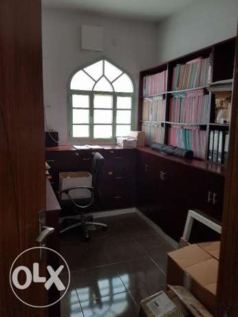Wonderful Office Space for Rent in Azaiba, 18th November Street بوشر -  1
