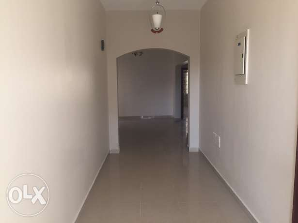 Wide Flat in South Ma'abila (first floor) 2 minutes to Indian School السيب -  3