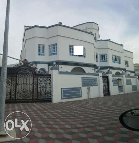 KA 549 Brand new Villa 5 BHK IN Athaiba for rent