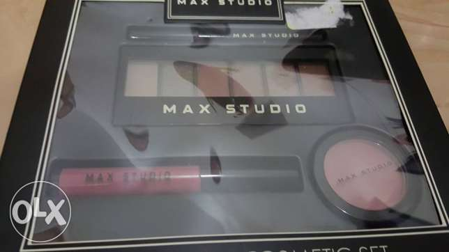 max studio make up set مسقط -  3