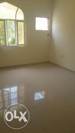 new furnished flat for rent in alkhuweir fourty two مسقط -  5