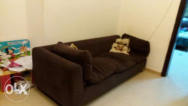 2pices of sofa مسقط -  1