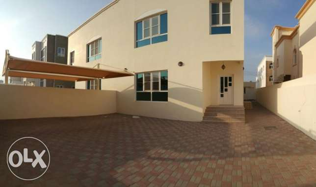 Beautiful Villa For Rent in Azaiba مسقط -  8
