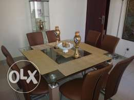 8person dinning table with 8 chair