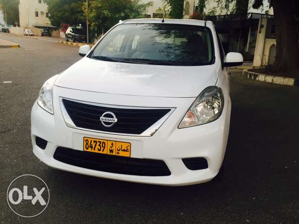 Full finance without zero down payment Nissan sunny 1.5 cc 2012 Auto مسقط -  2