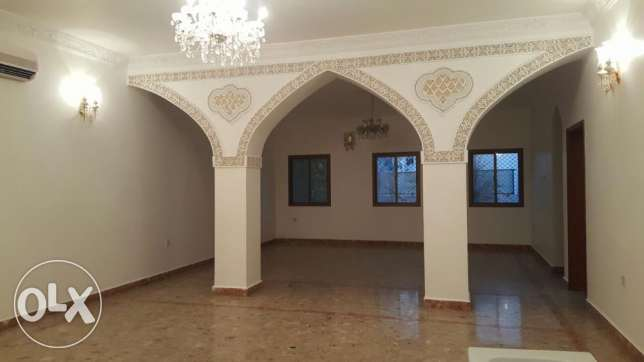 KP 213 Villa 5 BHK in Qurum for rent مسقط -  6