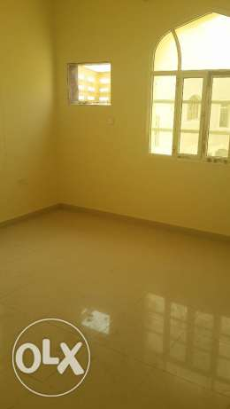 new furnished flat for rent in alkhuweir fourty two مسقط -  4