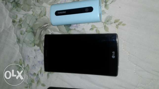 LG g4 32 gb with power bank