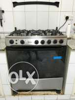 Cooking Range 5 burner with Grill & Bake auto ignition