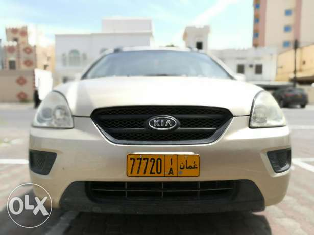 Kia carens in good condition for sale.